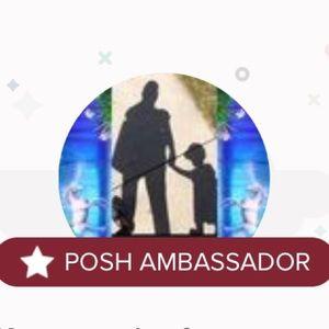 Welcome!💕Shop with confidence! Posh Ambassador!